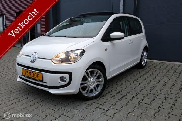 Volkswagen Up! 5deurs/75PK/PANORAMADAK /CRUISE /LEDER /AIRCO