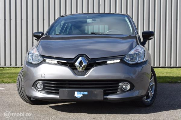 Renault Clio 1.5 dCi ECO Night&Day 2015 Grijs Airco Navi PDC Privacyglass 16