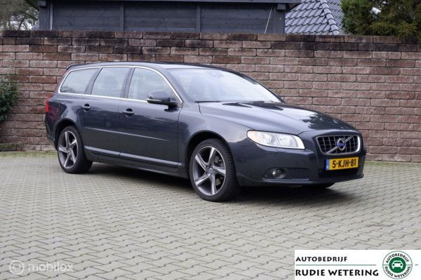 Volvo V70 T4 180PK Automaat Limited Edition leer/xenon/nav/ecc/pdc/lmv18
