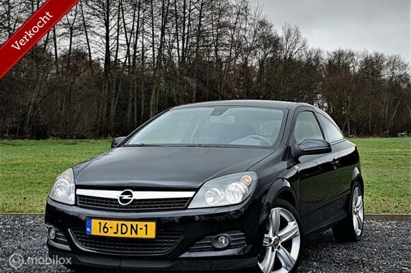 Opel Astra GTC 1.8 Cosmo, Cruise, Airco.
