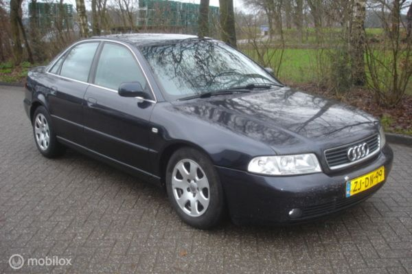 Audi A4 1.9 TDI  81 KW cruise. -  climatronic