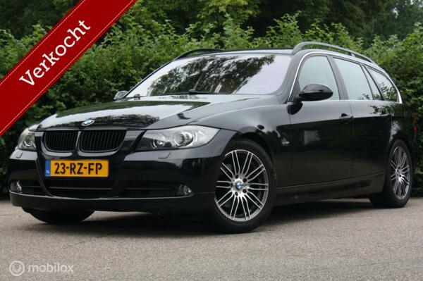 Youngtimer BMW 325i Touring Dynamic handbak/xenon/sportstoel