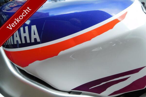 Mooie Yamaha YZF 750 R met weinig KM, slechts twee eigenaren