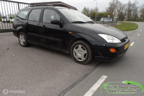 Ford Focus Wagon I 1.6-16V Ghia