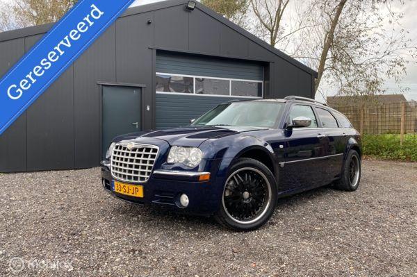 Chrysler 300C 5.7 V8 HEMI | AWD | YOUNGTIMER