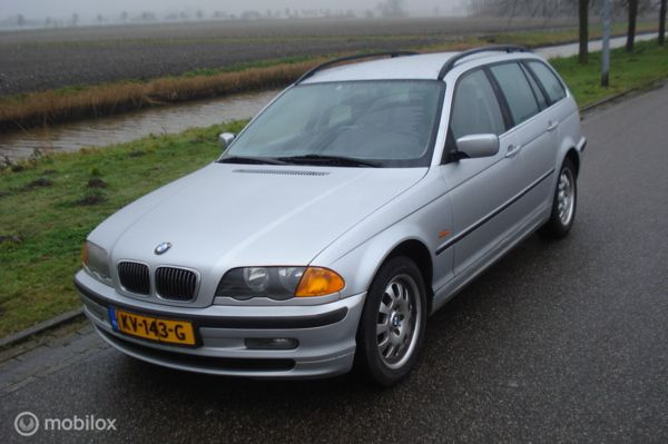 BMW 3-serie Touring 325xi Executive
