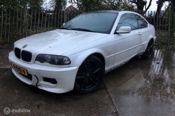 BMW 3-serie 323i