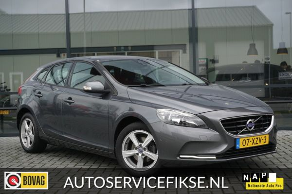 Volvo V40 1.6 D2 KINETIC VIRTUAL COCKPIT - ACHTER CAMERA