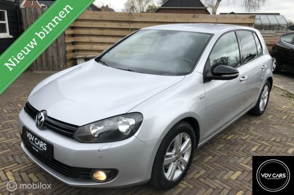 Volkswagen Golf 1.2 TSI Highline/Match |  Full Options!
