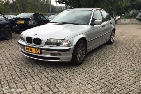 BMW 3-serie 318i voor onderdelen