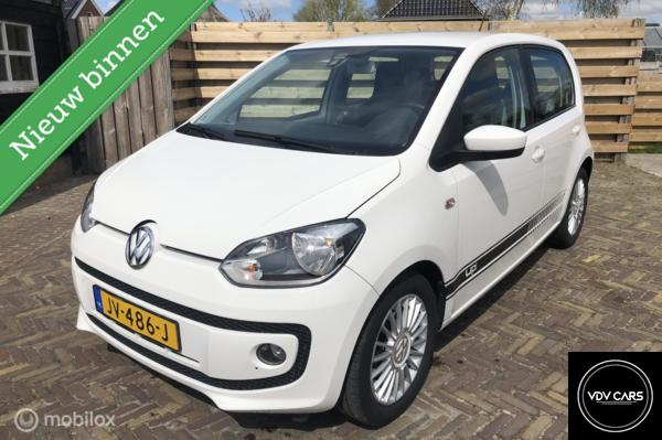 Volkswagen Up! 1.0i 75PK high up! Executive BlueMotion, Airco, Cruise, Navi, PDC, Fender Audio,