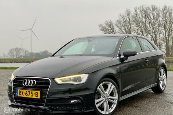Audi A3 2.0Tdi,Xenon, Led,3x s-line ,185pk,adaptieve cruise!