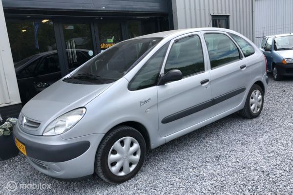 Citroen Xsara Picasso 1.6i Différence Nwe APK!