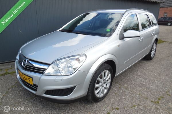 Opel Astra Wagon 1.8 Business Mooie auto! 140pk Airco!