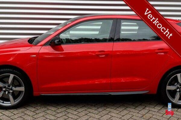 Audi A1 Sportback 30 TFSI S Line edition one