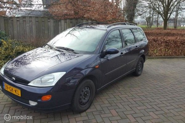 Ford Focus Wagon - 1.6-16V Collection