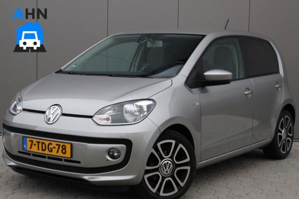 Volkswagen High UP! / Airco / Navigatie / Cruise / PDC / 16""
