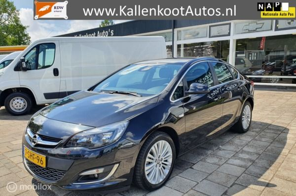 Opel Astra 1.4 Turbo 140 PK Design Edition, Navi, Clima, PDC