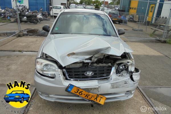 Hyundai Accent 1.3i Active Young 2002 - 2005