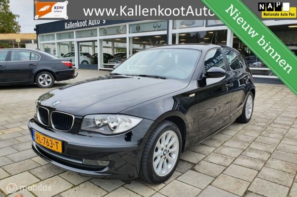 BMW 1-serie 116i Business Line, Clima, Lichtmetaal,Bluetooth