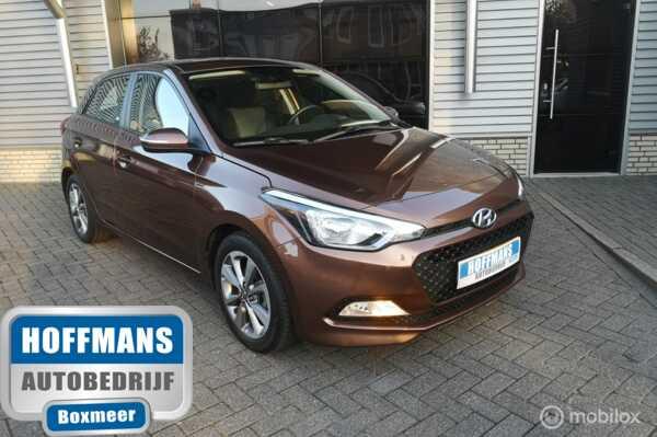 Hyundai i20 1.2 HP i-Motion Premium Airco, zeer nette auto