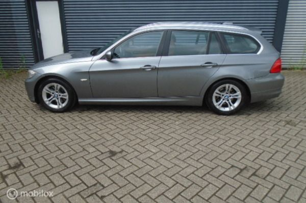 BMW 3-serie Touring 320d Efficient Dynamics Edition Bom vol