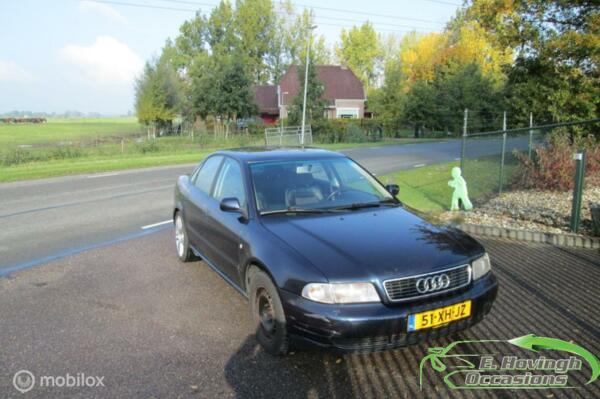 Audi A4 B5 2.6 quattro