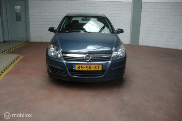 Opel Astra 1.6  met N.A.P en NIEUWE APK