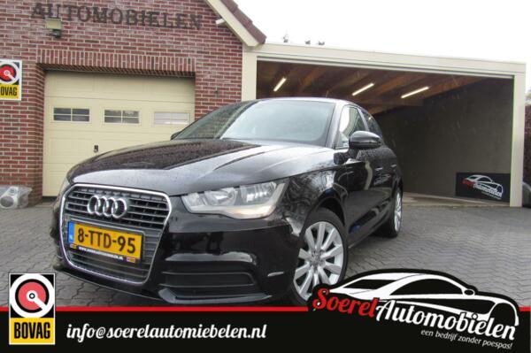 Audi A1 Sportback 1.2 TFSI Attraction , navi, verw soelen, clima