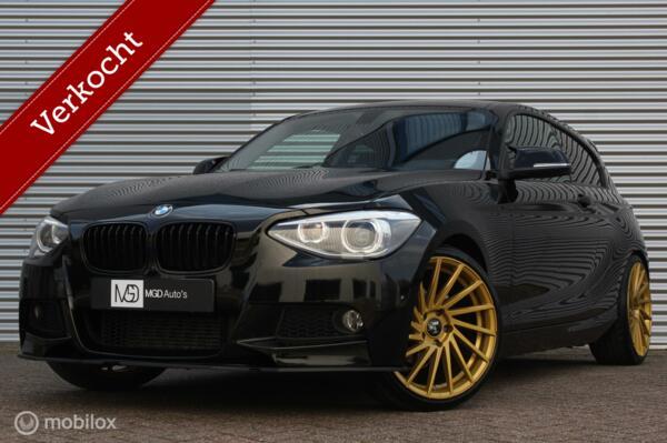 BMW 1-serie 116i Sport /AUTOMAAT/XENON/LED/STOELVERW./19'' VELGEN/PDC V+A