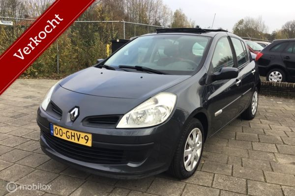 Renault Clio 1.2 TCE Rip Curl