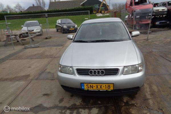 Audi A3  1.6 Ambiente 1996 - 2003