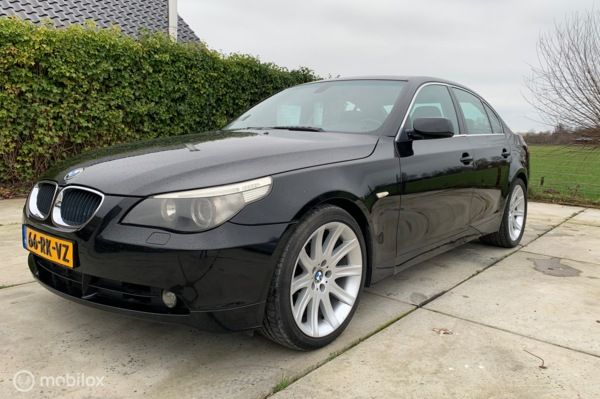 BMW 5-serie 520i High Executive 19inch breedset automaat.