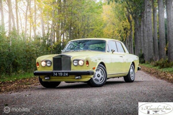 Rolls-Royce Corniche 2-door saloon in Chrome Yellow