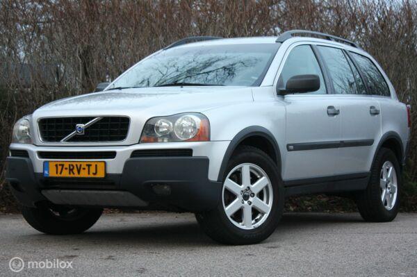 YOUNGTIMER Volvo XC90 2.5T aut 7-zitter leer/parkeersensoren