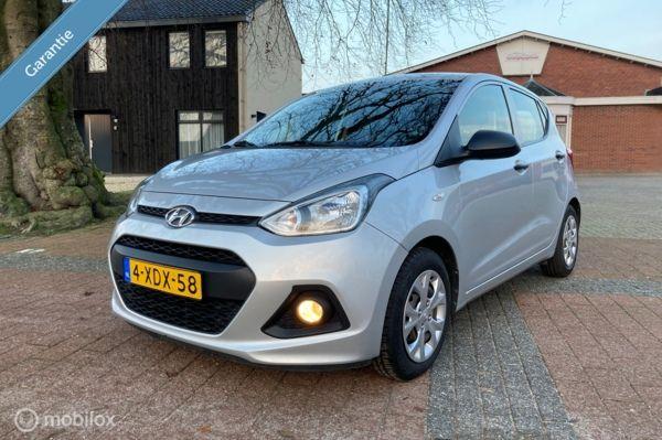 Hyundai i10 1.0i i-Motion airco en Bovag garantie.