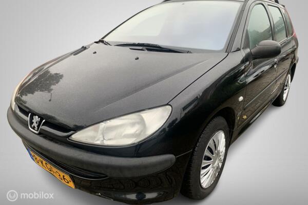 Peugeot 206 SW 1.4 X-line 174.DKM AIRCO APK 02-04-2022