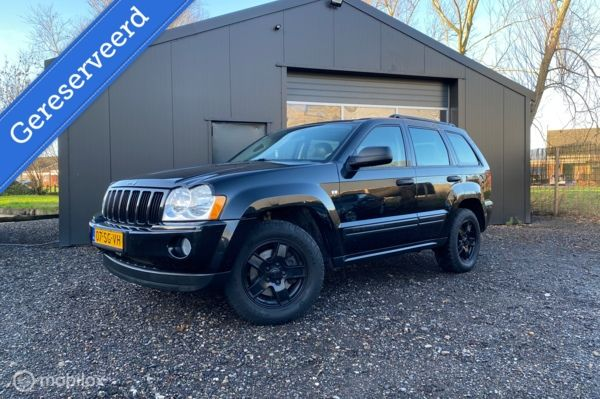 Jeep Grand Cherokee V8 | Leder | Black on black | NAP