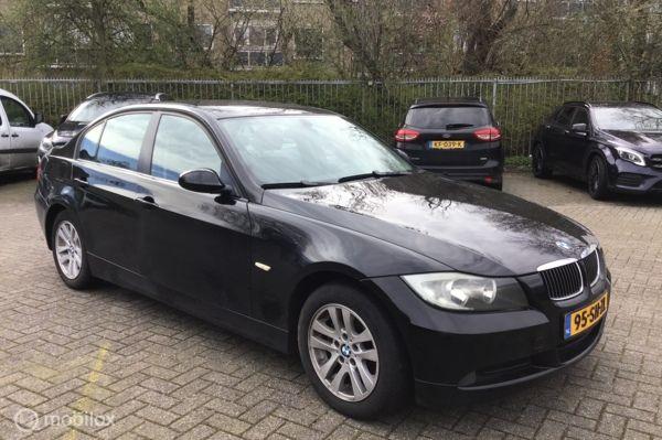 BMW 3-serie 320d Executive voor onderdelen