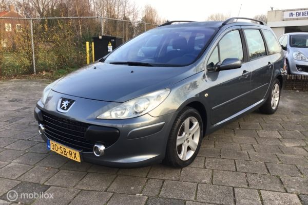 Peugeot 307 Break 1.4-16V XR