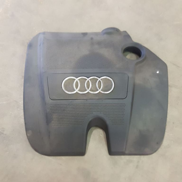 Audi A3 8L Motor afdekking 06A103932C