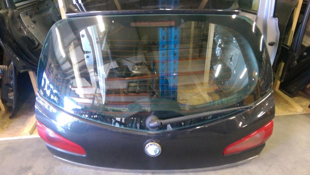 Alfa Romeo 147 1.9 JTD Progression ('00-'10)Achterklep