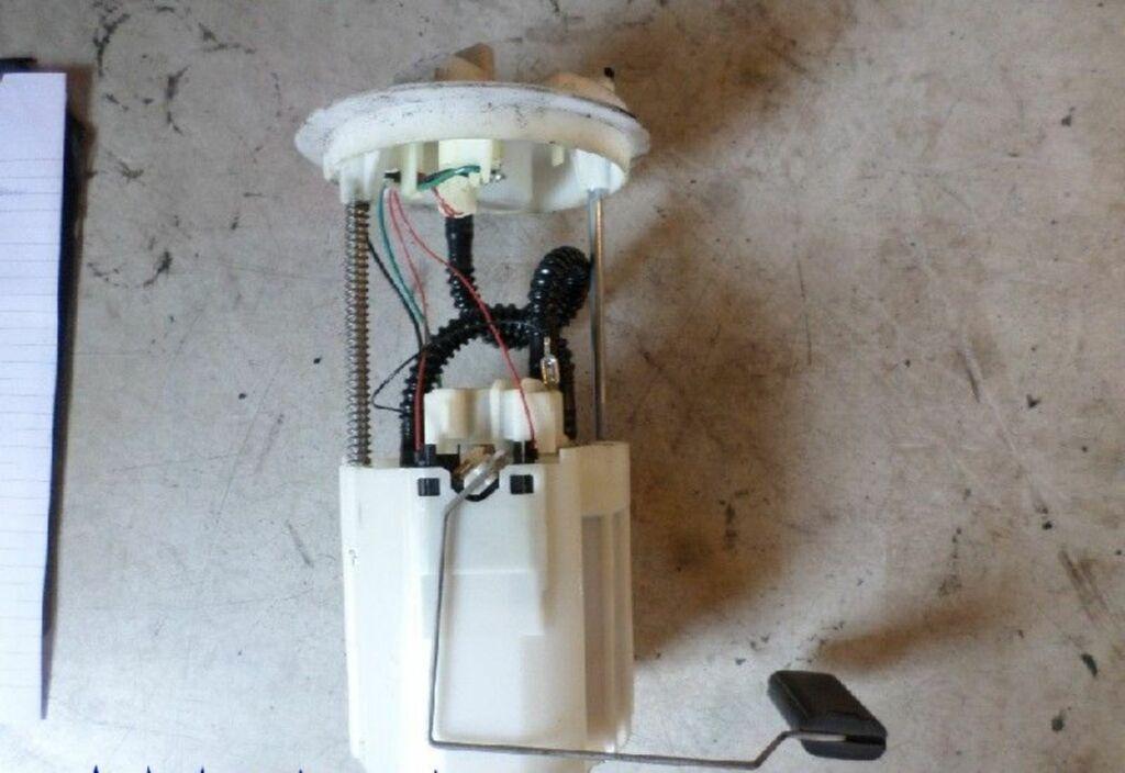 Brandstofpomp  Fiat Stilo MW (192C) Combi