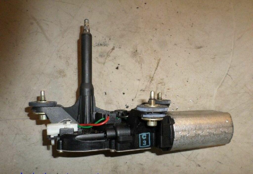Ruitenwissermotor A Fiat Punto II 1.2-16V ELX