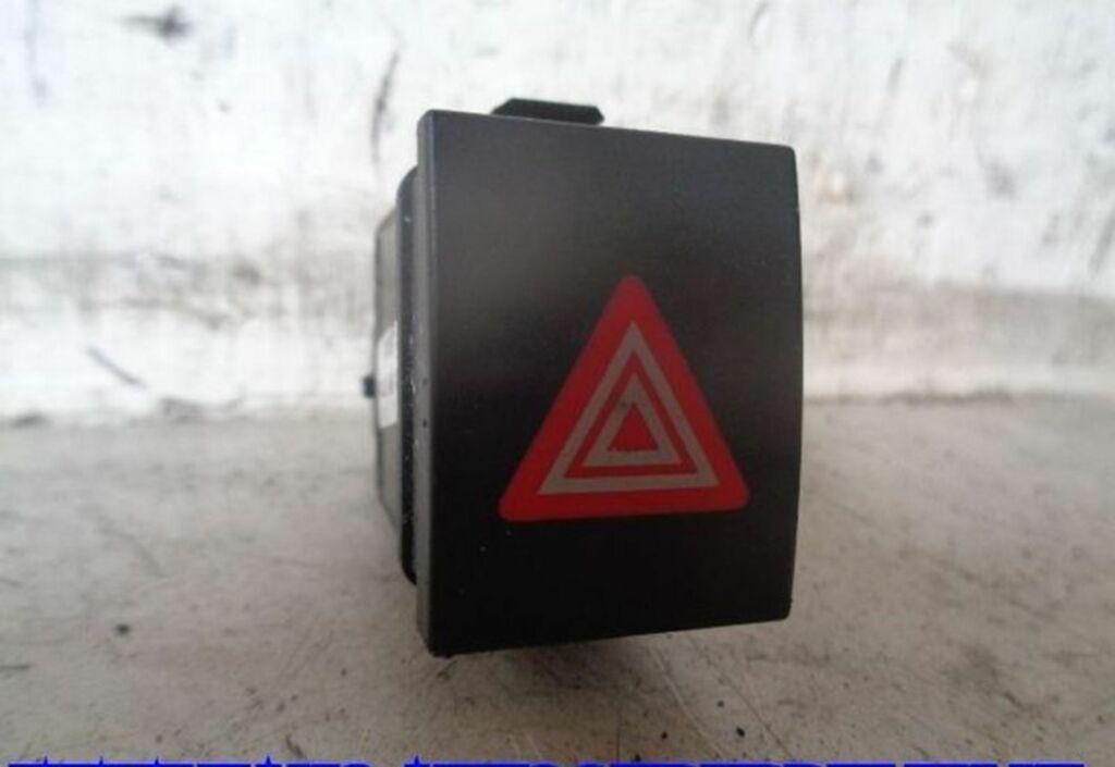 Alarmlichtschakelaar Zwart VW Polo IV 1.9 SDI                       6Q0953235A