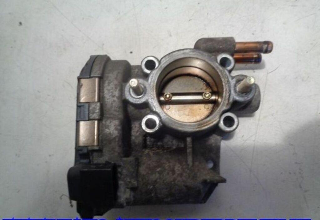 Gasklep-stelmotor  Opel Corsa C 1.2-16V Comfort 9157512