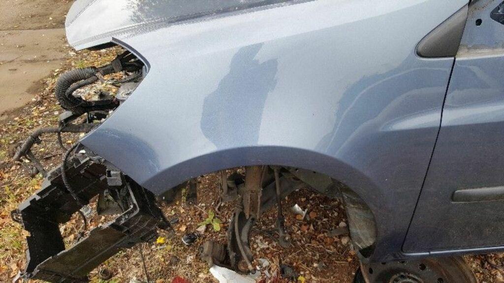 Spatbord  Renault Clio III (BR/CR) Hatchback