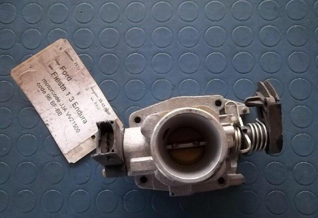Gasklep-stelmotor  Ford Fiesta IV 1.3 Ghia