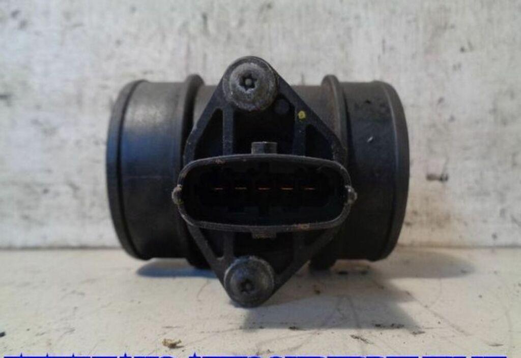 Luchtmassameter  Opel Corsa C 1.7-16V Di Comfort 0281002180