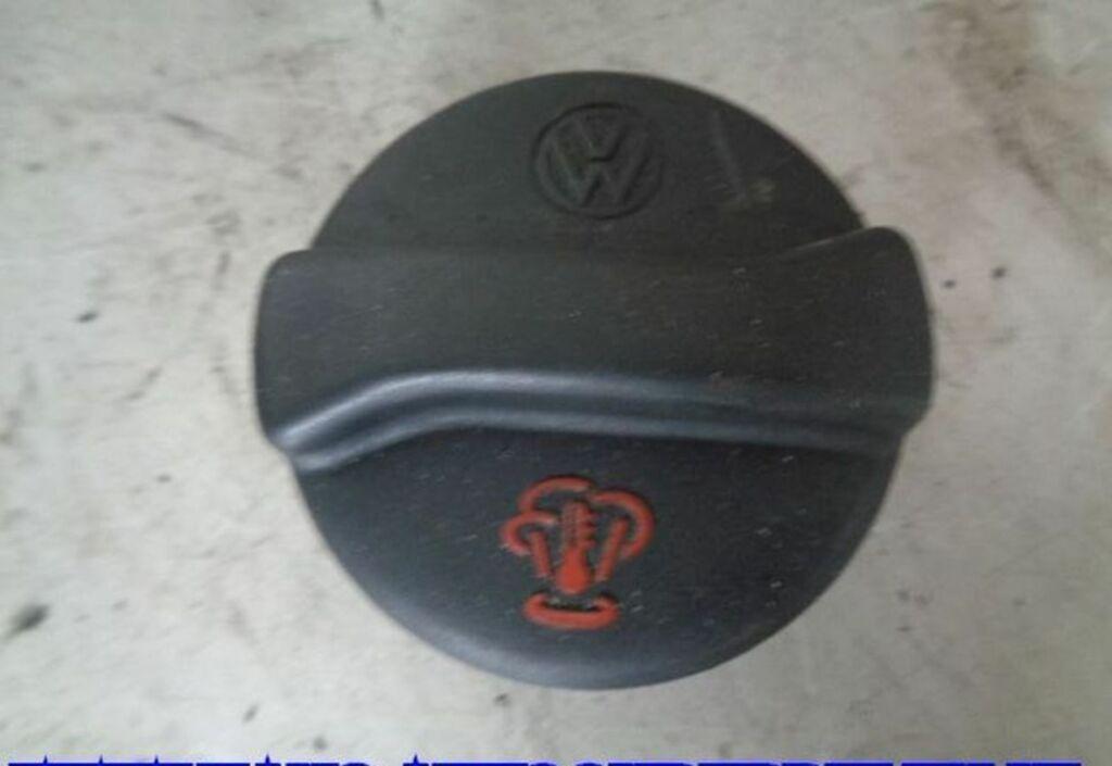 Radiateurdop  VW Golf III 1.8 GL Atlanta 357121321C